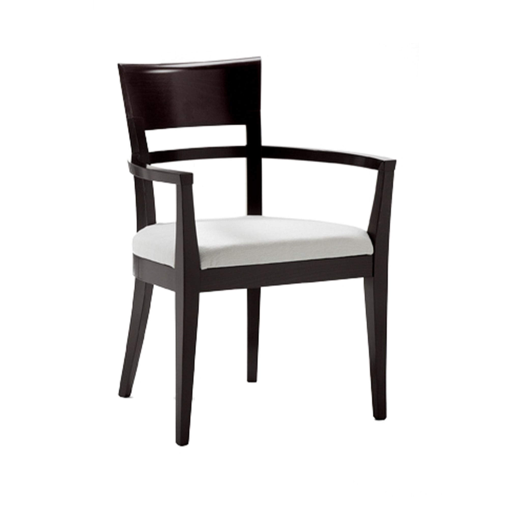 Model 946 armchair in classic style