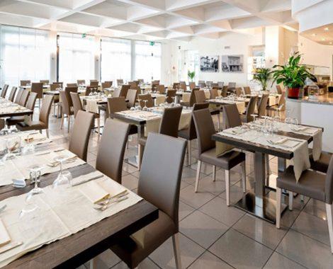 interiorchairrestaurant