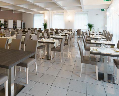 interiorchairrestaurant2